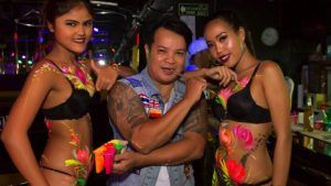 Seminal sexpat blogger Stickman Bangkok packs it in after two decades | News by Samui Times