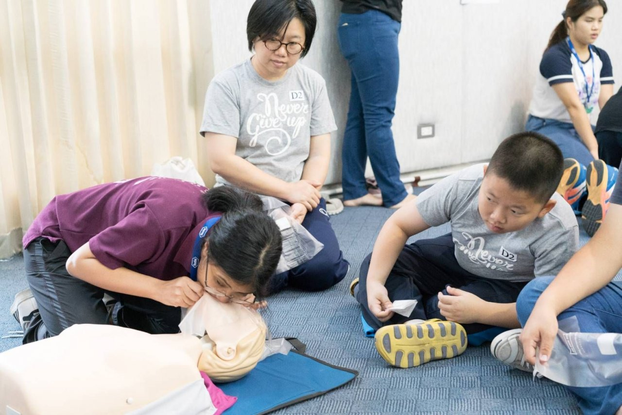 Just 11 years old – and ready to save lives | Samui Times