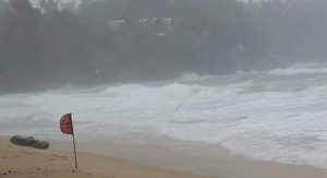 Lifeguards close Phuket beaches | News by Samui Times