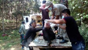 Thai forestry officials to the rescue as householder cuts off his own foot   News by Samui Times