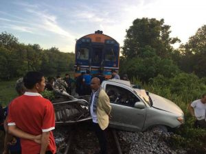 Pickup hit by train after driver took GPS advice | News by Samui Times