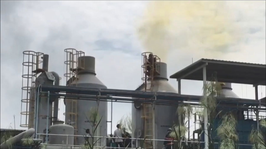 Workers flee for their lives as chemical leak hits Chonburi factory | Samui Times