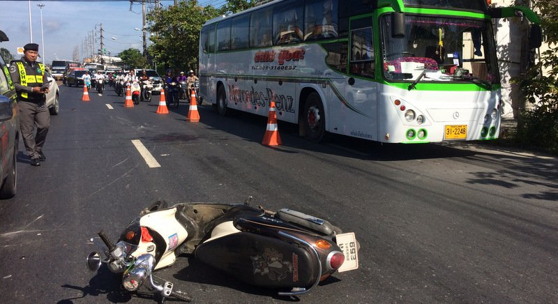 One dead, one injured in Phuket 22-wheeler hit-and-run | Samui Times