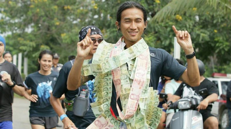 Thailand's favorite rock star to set out on 2,000 km run to raise money for public hospitals | Samui Times