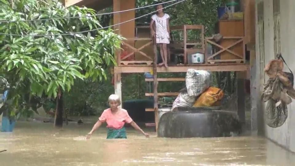 Over 250,000 families affected by floods in South | Samui Times