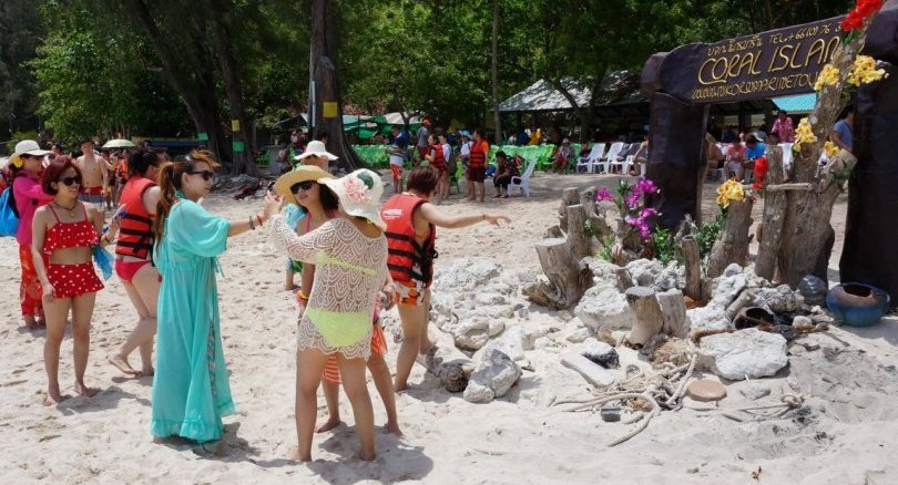 TAT seeks China's help to stop damage by Chinese tourists | Samui Times