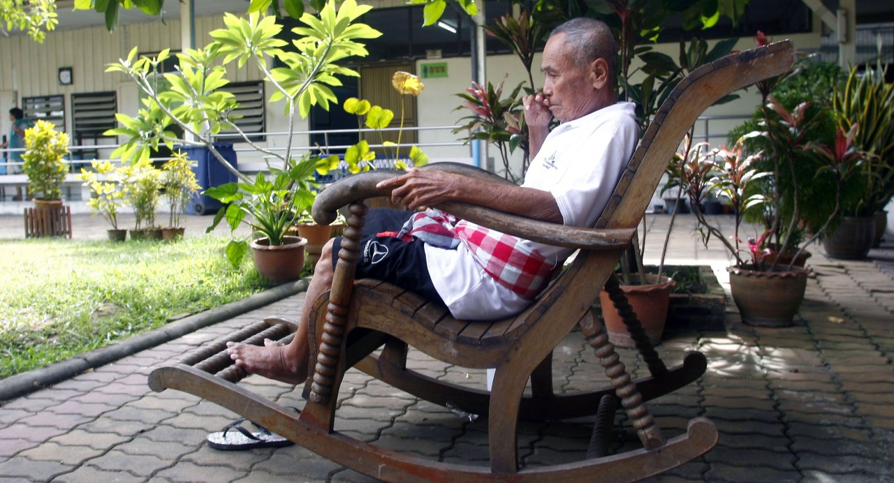 Can't make it home for festival? At least reach out to a senior family member | Samui Times