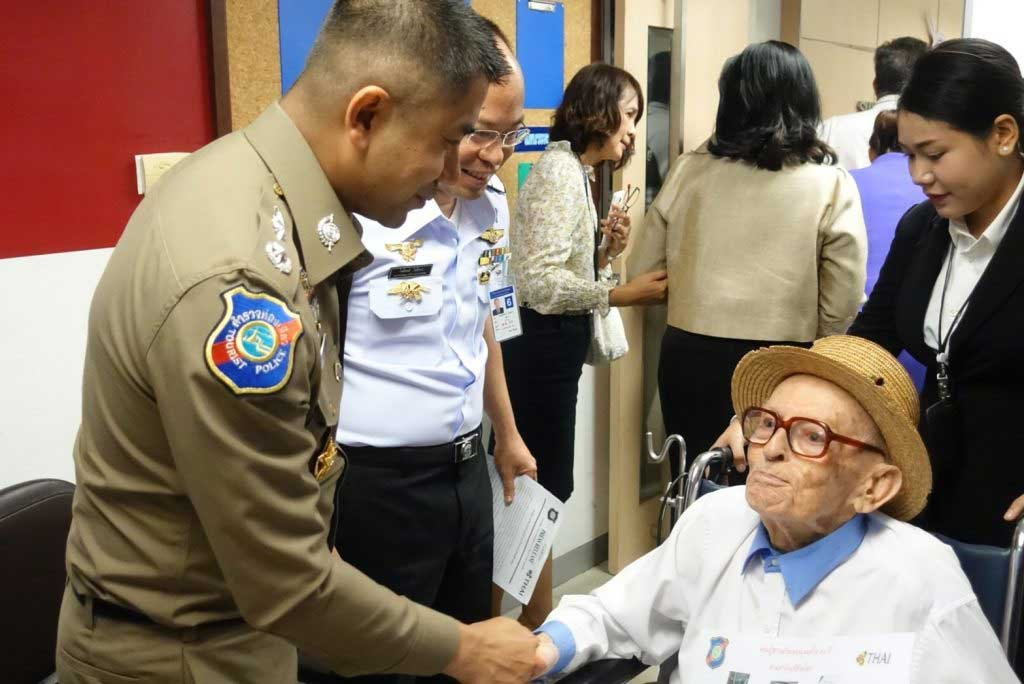 Tourist Police reunite 99 year old Swiss man with Thai wife he hadn't seen for 3 years | Samui Times