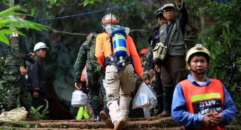 Alarm raised over crowding at cave search site | Samui Times