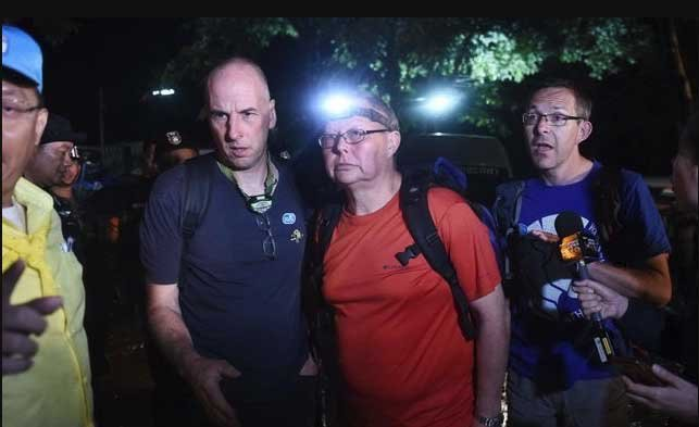 British 'Real Hero' Diver Gets Official Escort To Airport | Samui Times