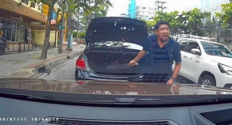 Motorist jailed for threatening woman with knife | Samui Times