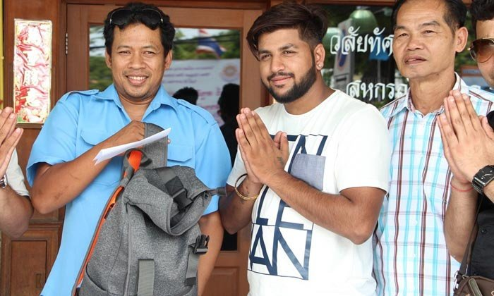 Pattaya baht bus driver returns bag with 50k THB cash to Indian tourist | Samui Times