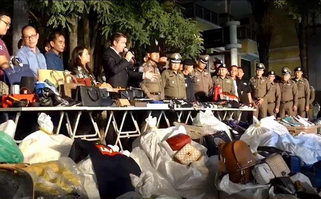 20,000 fake goods seized from Chiang Mai night markets | Samui Times