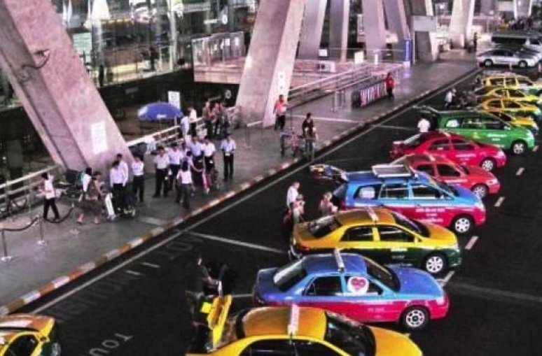 Taxi vans want the same deal as VIP cabs – 100 baht from airports and right not to use meter | Samui Times