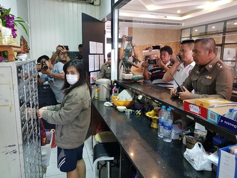 Pattaya hotel cashier arrested for allegedly stealing 2,000 euros from guest | Samui Times