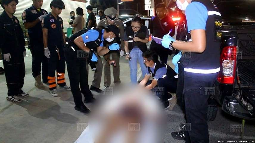 Police hunt for husband after wife stabbed to death | Samui Times