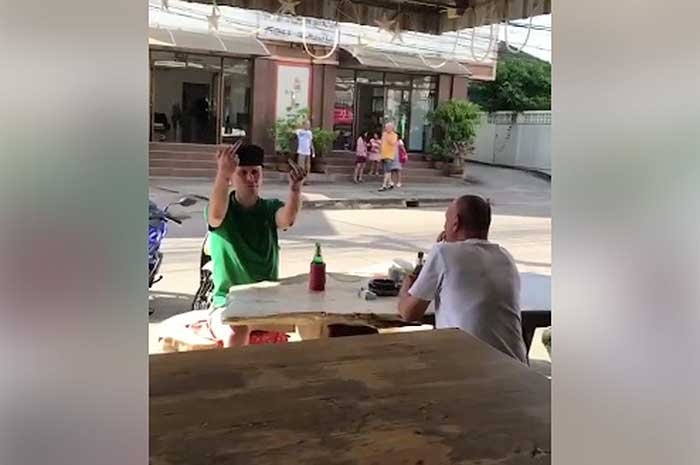 "British chav filmed telling Udon Thani bar owner to ""____ off"" 