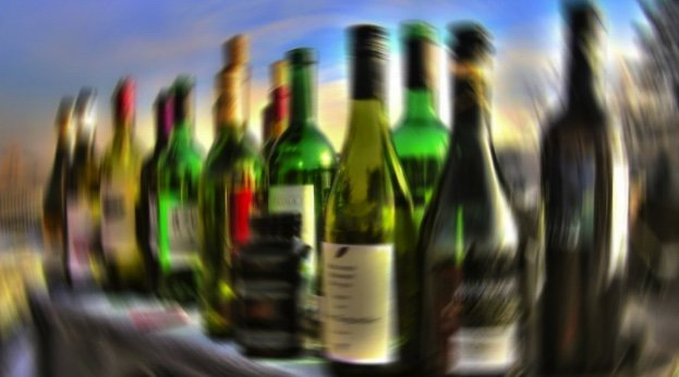 Groups want liquor sellers to be held accountable | Samui Times