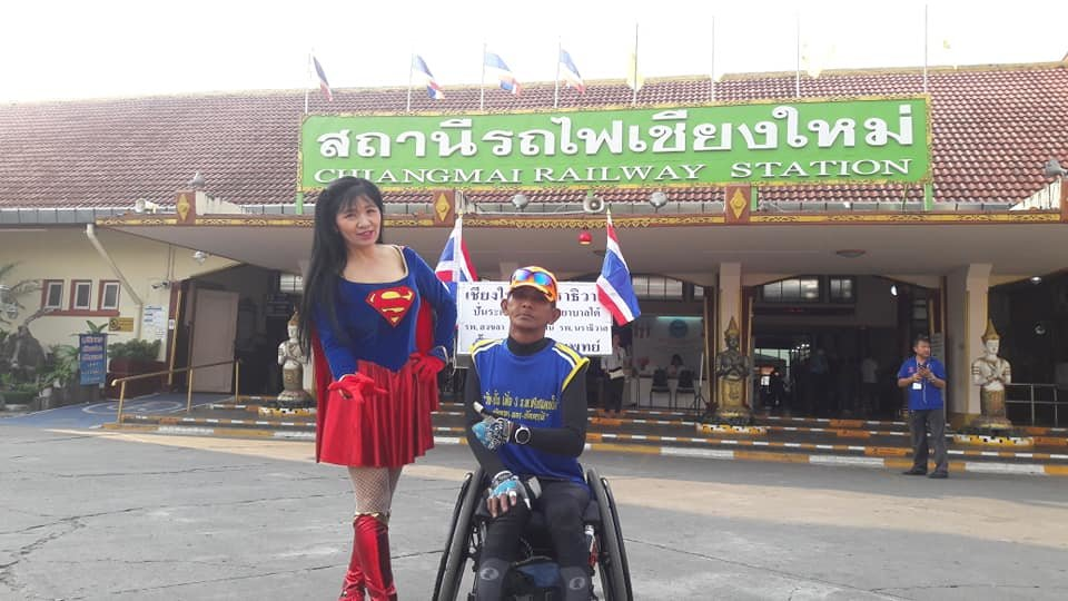 Wheelchair-bound man travels roads from Chiang Mai to Narathiwat raising funds for southern hospitals | Samui Times