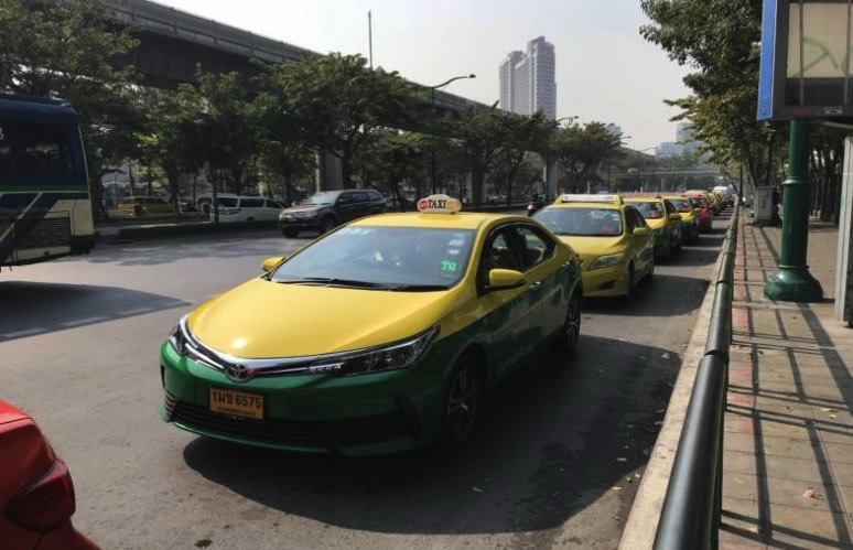 Higher fines for rogue taxi drivers in the offing | Samui Times