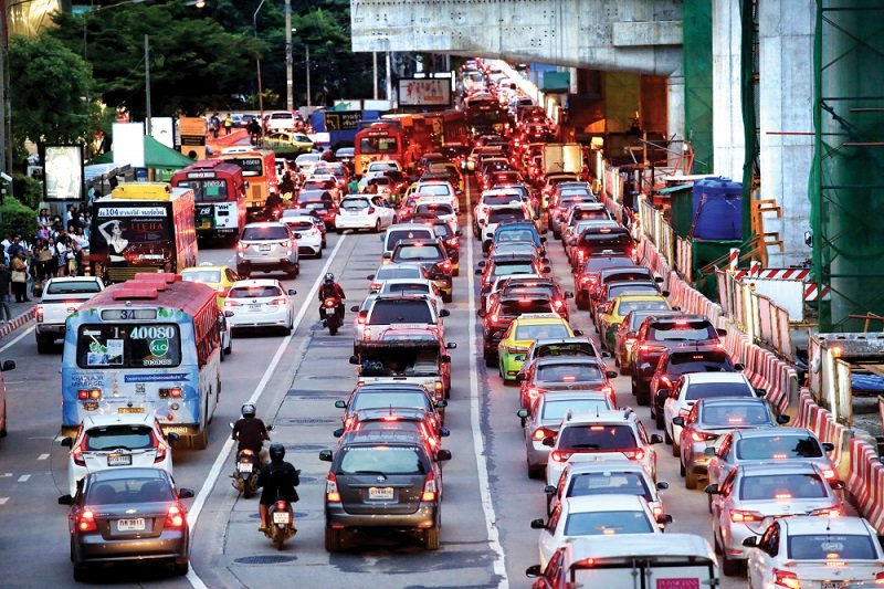 Traffic officers ordered to take new law exams | Samui Times