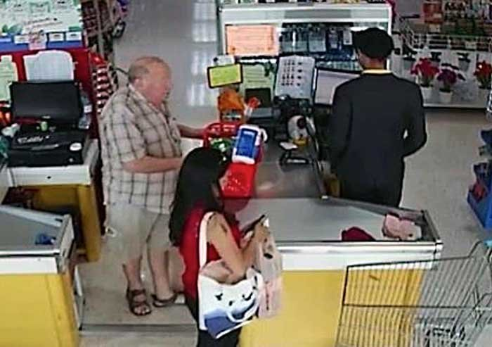 Farang checkout thief who stole 2,000 baht from Thai shopper returns the money – He's British | Samui Times