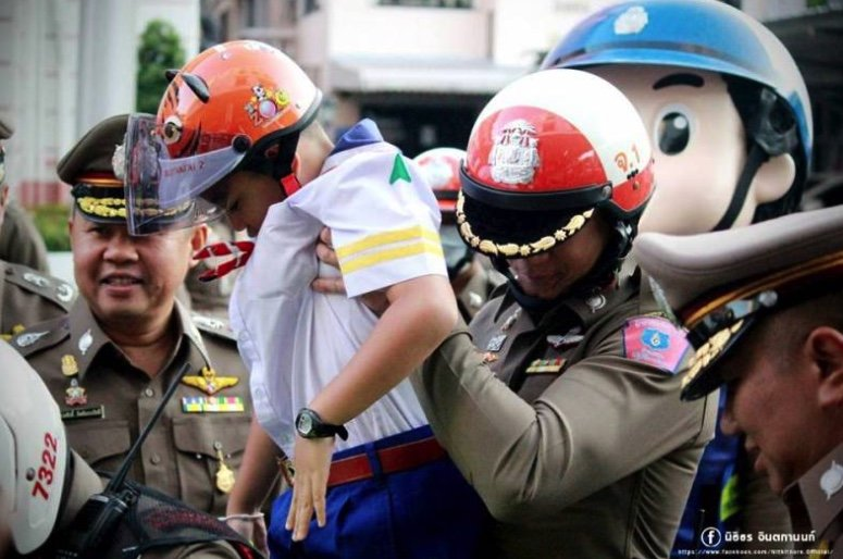 Campaigner slams government/police for appalling death toll of children on Thai roads | Samui Times