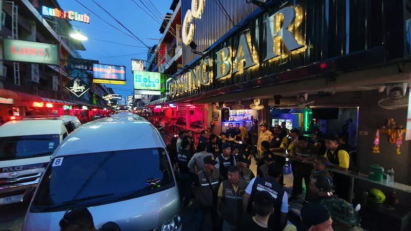 Evidence of prostitution found in Pattaya: Special forces descend on popular Soi 6 bar | Samui Times