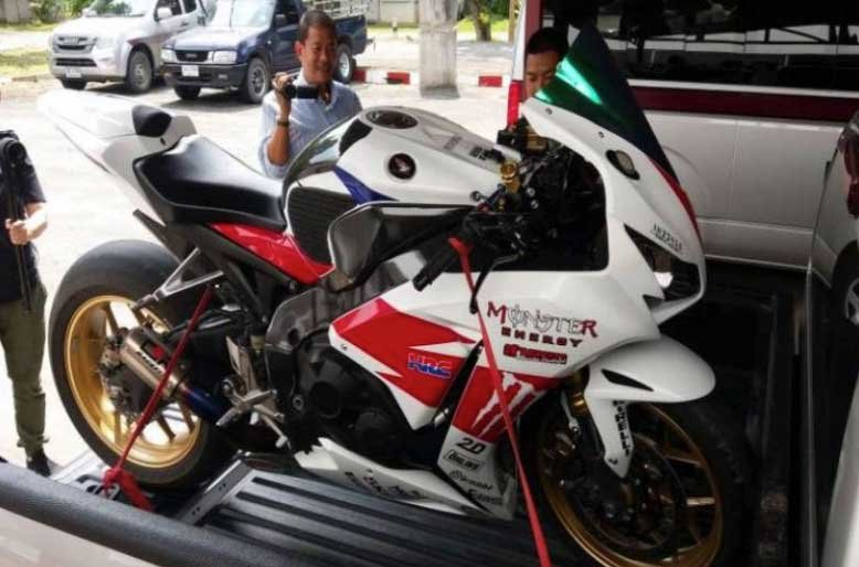 """Thai authorities mull different licences for """"big bikes"""" after three deaths 