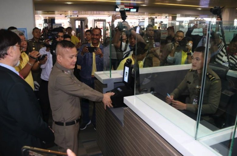 Biometrics system yielding results, says Immigration chief | Samui Times