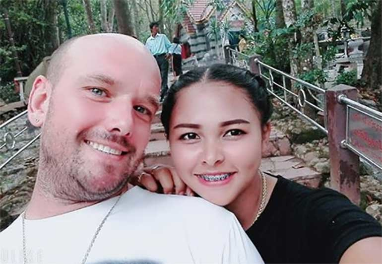 "Thaivisa exclusive: ""I'm standing by my man"", says Thai wife of German trapped by social media 