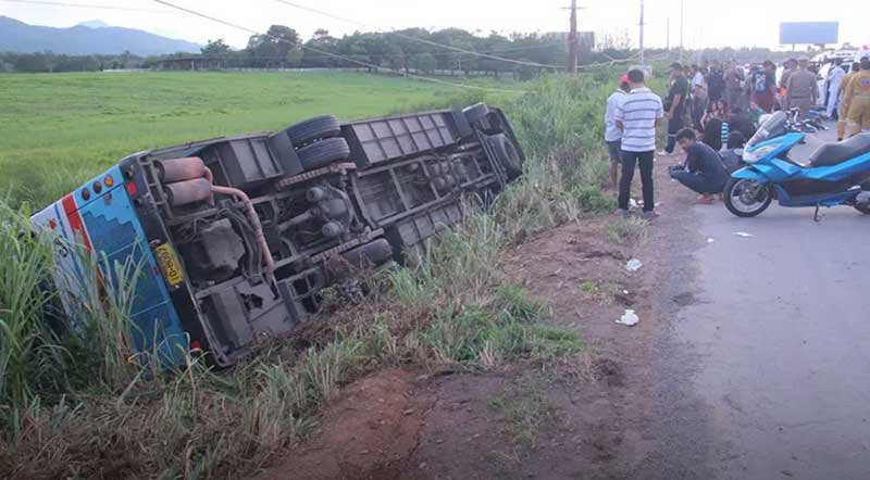 Forty nine injured as tour bus hits subsidence undertaking on hard shoulder | Samui Times