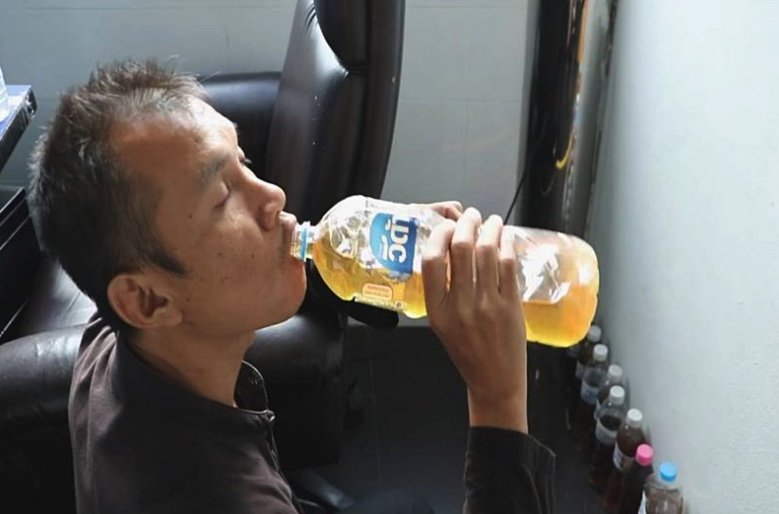 Thai man has been drinking his own urine for five years – he's in fine fettle! | Samui Times