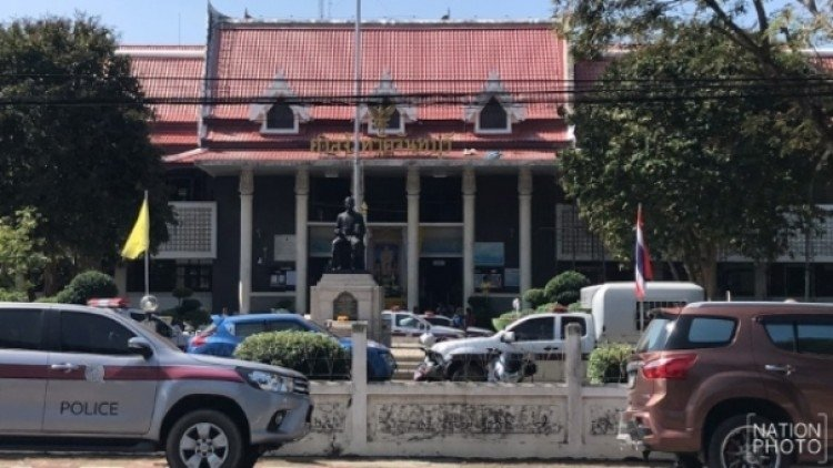 Shooter at court dies from police shooting | Samui Times