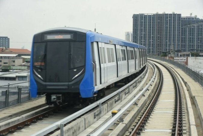 Blue line MRT extension to offer free rides | Samui Times
