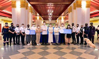 Chef Cares Extends Compassion To Public Transportation Workers | Samui Times
