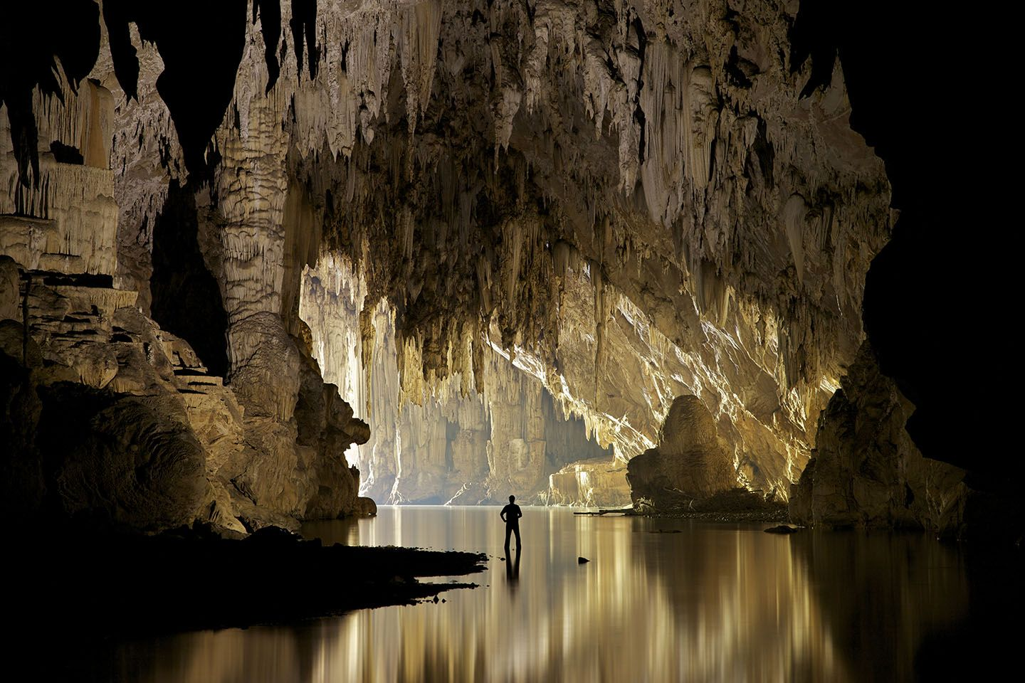 Cavelodge   Cave Lodge Guest House & Adventure Tours Mae Hong Son Thailand